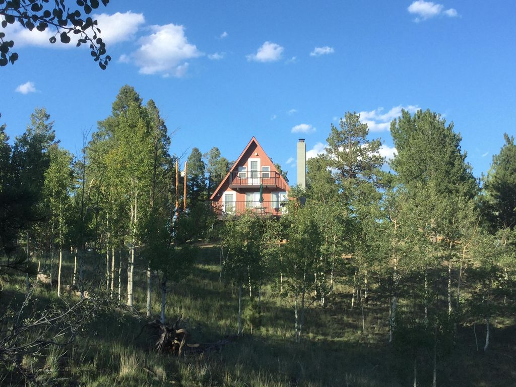 Secluded Mountain Chalet on 8 Acres  Beautiful Rock Formations, fantastic  Views - Florissant