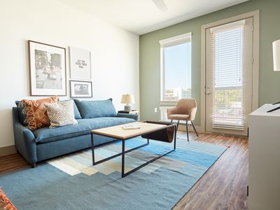 Photo for Sonder | East 5th | Sun-Filled 1BR + Pool