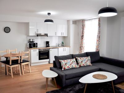 Photo for Top Spot Residence 17 apartment in Brussels Centre with WiFi & lift.