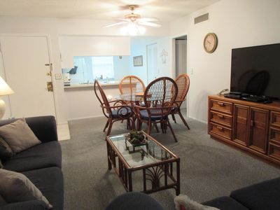 Florida - 2 bedroom condo for your next family vacation!