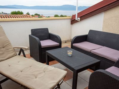 Photo for Apartments Maglic A3, 200 m to the sea, 2-4 people, sea view, free WiFi, parking