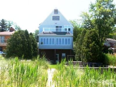 Photo for Fab Home on Lake Michigan 1.5 hours from Chicago. 20% off 4 week rentals.