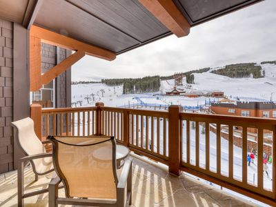 Photo for One Ski Hill ski-in/ski-out cozy condo w/ shared hot tub & pool+views of slopes!