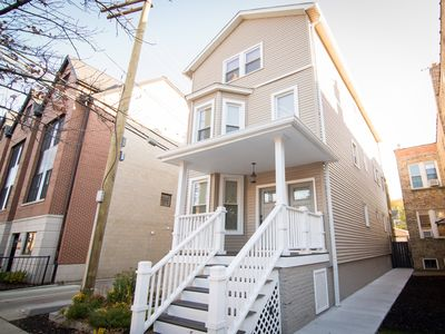 Photo for Spacious & Modern Family Friendly North Center Apt - Close to Wrigley Field