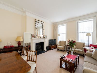 Photo for Spacious One Bedroom Apartment Located a short distance from Marble Arch