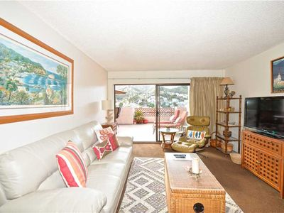 Photo for Beautiful Condo, Private Balcony, Pool, Hillside and Harbor Views