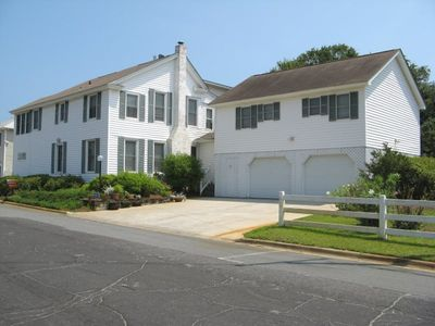 Photo for One Block From The Beach - Great For Family Reunions And Retreats - Free Wifi