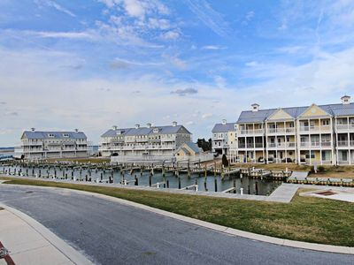 Photo for SAN21: 4BR Bayfront Sandy Cove TH w/2 Masters - Community Pool, Pier & Boat Dock!
