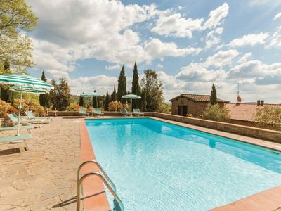 Photo for Apartment Tipologia Deluxe in Gaiole in Chianti - 5 persons, 2 bedrooms
