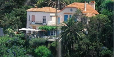Photo for Art Deco Villa With Breathtaking Views Of The Bay Of Toulon