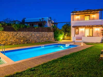 Photo for Gasparakis villas, Myrto bungalow with garden and private pool, COCO-MAT