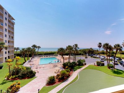 Photo for NEW LISTING! Oceanfront condo w/shared pool, putt putt golf & beach access