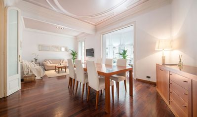 Photo for Family Friendly Apartment in the Zona alta of Barcelona - B424
