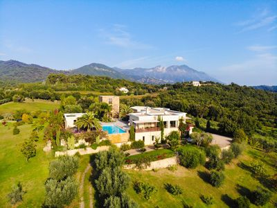 Photo for Beautiful tower with view and pool, hammam on Corsican winery