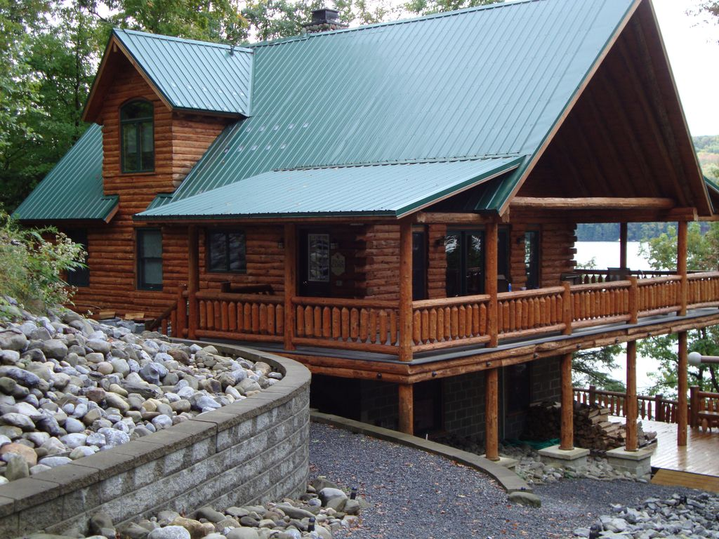Log cabin in the woods by a lake - Property Image 23 Luxury Log Cabin In The Woods On Skaneateles Lake