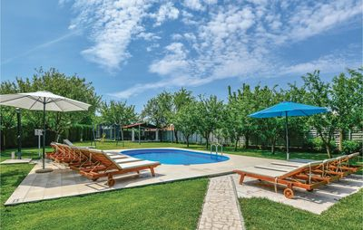 Photo for 5 bedroom accommodation in Imotski