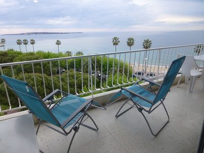 Photo for Beautiful apartment comfortable, sea view, 50 m from the beach, Cannes, 4 people
