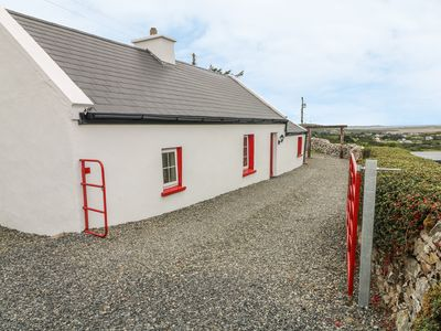 Photo for THE COTTAGE, pet friendly in Gortahork, County Donegal, Ref 987108