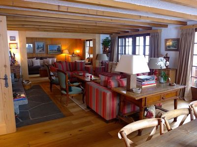 Photo for Ski-in Ski-out Luxurious Flat on the Wispile