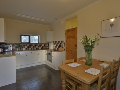 Photo for Large 2 bedroom Cottage in beautiful Countryside
