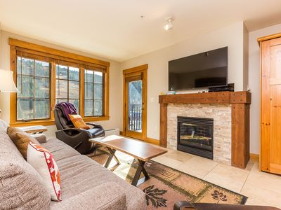 Photo for High-end Condo Next to Gondola, 2 King Beds, Private Laundry, Slope Views