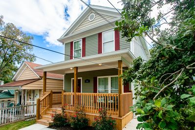 Brand new house in great neighborhood close to downrown