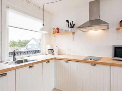 Photo for House in the center of Vejers Strand with Internet (93353)