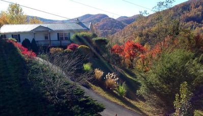 Photo for ABOVE AVERAGE PET FRIENDLY GETAWAY WITH A GREAT MTN VIEW