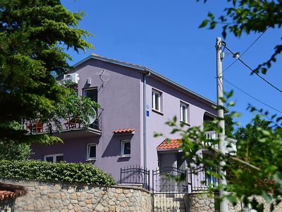 Photo for 3 bedroom Villa, sleeps 9 in Smokovo with Air Con and WiFi