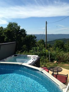 Pool Open & Hot Tub Overlooking the Mountains