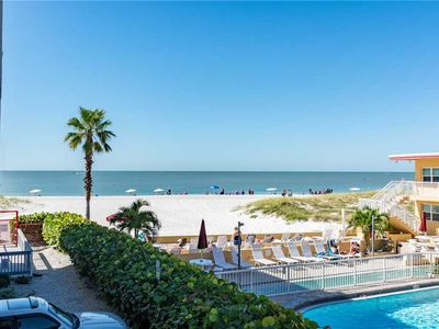 Photo for Updated 1500 sq - Beach Views from Balcony - Free WiFi - Crimson