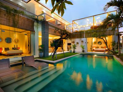 Photo for Trendy 5 bedrooms villa ricefield view in the heart of Seminyak