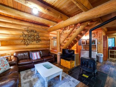 Photo for Vacation home 10SL Log Cabin at its Best! in Mount Baker/Glacier - 8 persons, 2 bedrooms