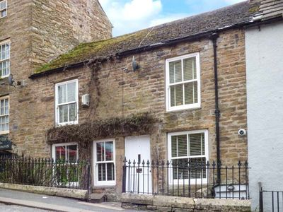Photo for BANK COTTAGE, pet friendly in Alston, Ref 940808