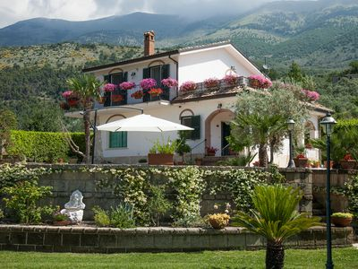 Photo for Beautiful Mountain Villa with private swimming pool and large stone barbeque!