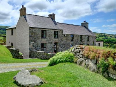 Photo for Cilgwyn Cottage - Three Bedroom House, Sleeps 5
