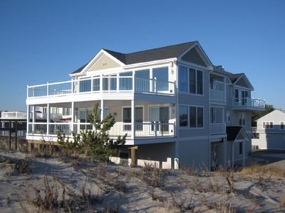 Photo for 6 bedroom accommodation in SURF CITY