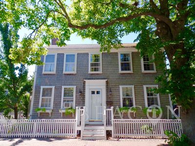 Photo for 4 Bed 4 Bath In Town ( Newly Renovated 2016) Live Virtual tour