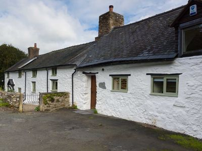 Photo for Gorgeous Spacious Welsh Long House Set In 4 Acres - Great Views.