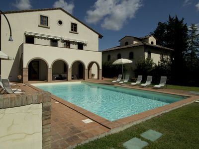 Photo for 5BR Villa Vacation Rental in Luiano, Tuscany