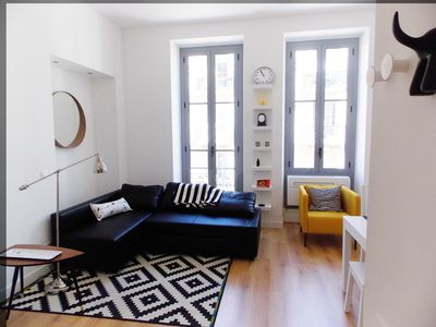 Photo for Lovely, sunny renovated 2 room apartement with lift in the heart of Nice .