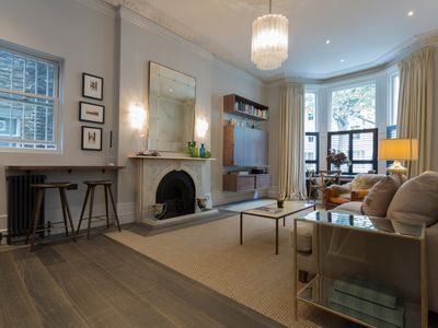 Photo for Sleek 2 Bed Apartment in Notting Hill, Sleeps 5 (Veeve)