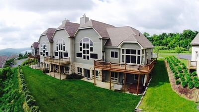5 BR - AWESOME lake views, pool, billiards, theater room & hot tub-Wisp Mountain