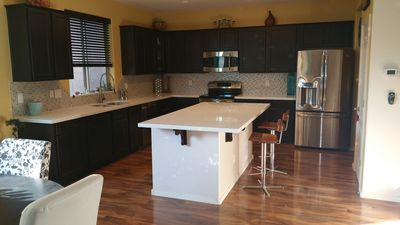 Photo for Modern house in quiet Arrowhead area/Glendale/Hike/Golf/Shop! LOCATION!