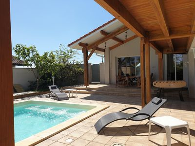 Photo for Spacious house with pool 200m from the beach and large garage