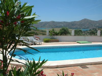 Photo for Spacious, 3 bed, Det. villa, 2 bath, prvt pool. lovely lake/mountain views, WiFi
