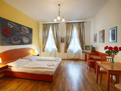 Photo for Comfortable apartment with Wi-Fi only 15 minutes walk from the old town