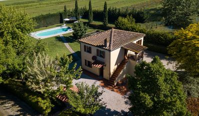 Photo for Private Villa with private pool, WIFI, A/C, patio, panoramic view, parking, close to Montepulciano
