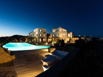 Photo for Luxury spacious Villa for the Perfect Family with large swimming Pool, Outdoor BBQ and Magnificent v
