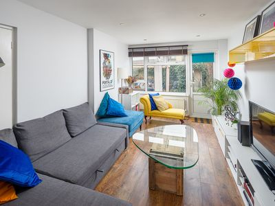 Photo for Gorgeous 3Bed House w/Garden in Canning Town